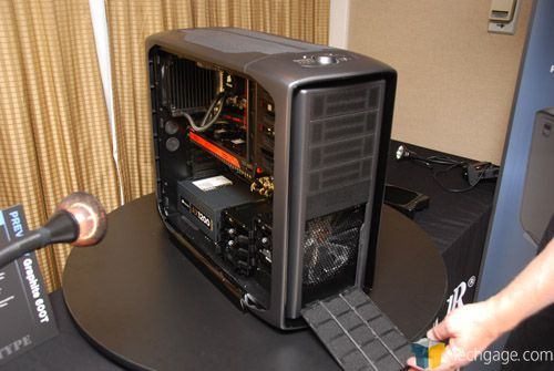 Corsair Graphite 600T Mid-Tower Chassis