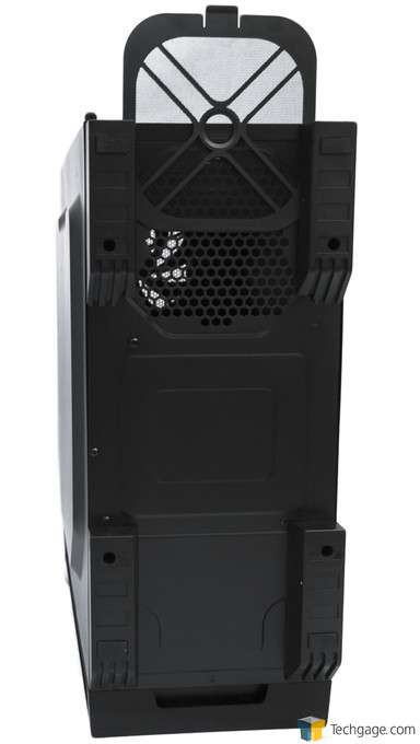 Antec P70 Chassis - Chassis Bottom
