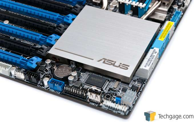 ASUS P9X79-E WS - Board Top