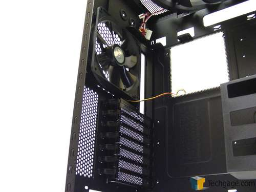 Cooler Master HAF 932 Advanced Full-Tower Chassis