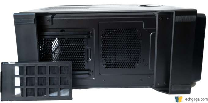 Corsair Graphite 730T Chassis - Bottom view