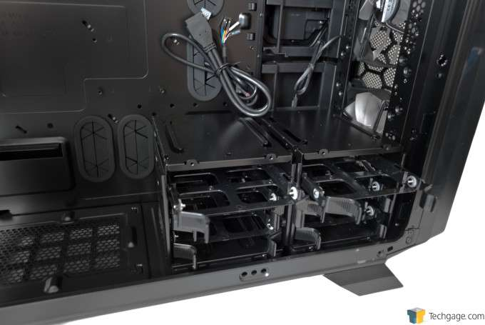 Corsair Graphite 730T Chassis - Hard drive sleds