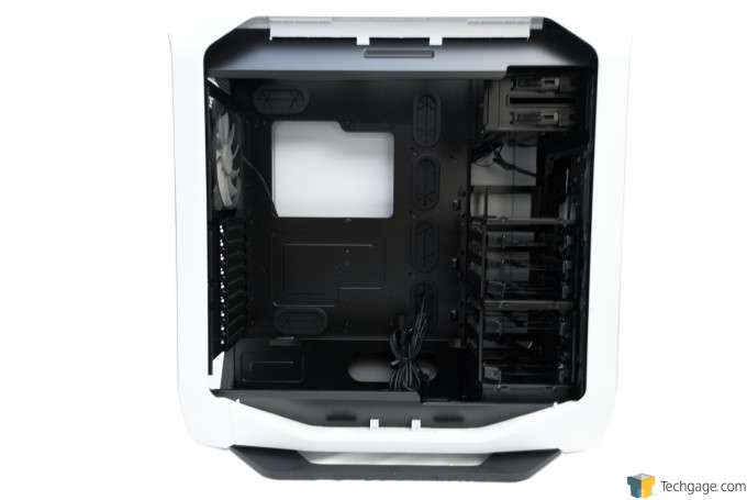 Corsair Graphite 780T Full-Tower Chassis - Interior Overview
