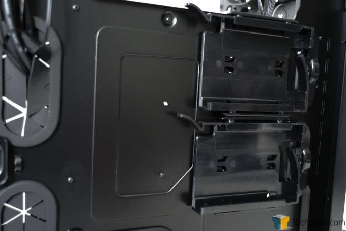Corsair Obsidian 450D Chassis - Rear Motherbaord Tray