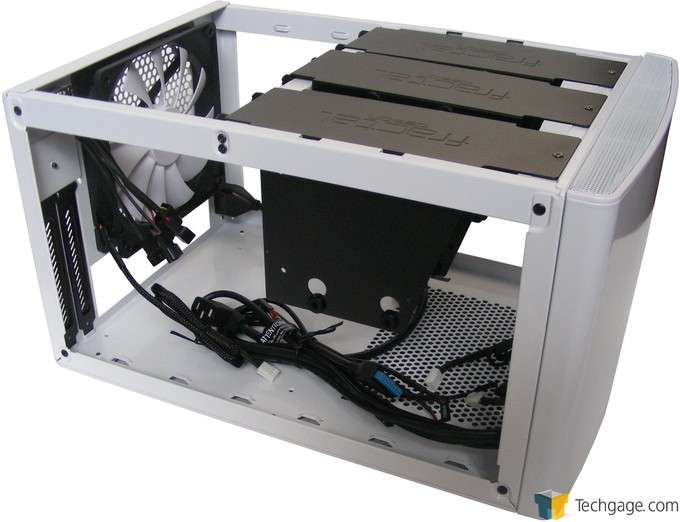 Fractal Design NODE 304 Chassis - Interior Space