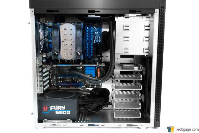 Lian Li PC-A61 - System Installed