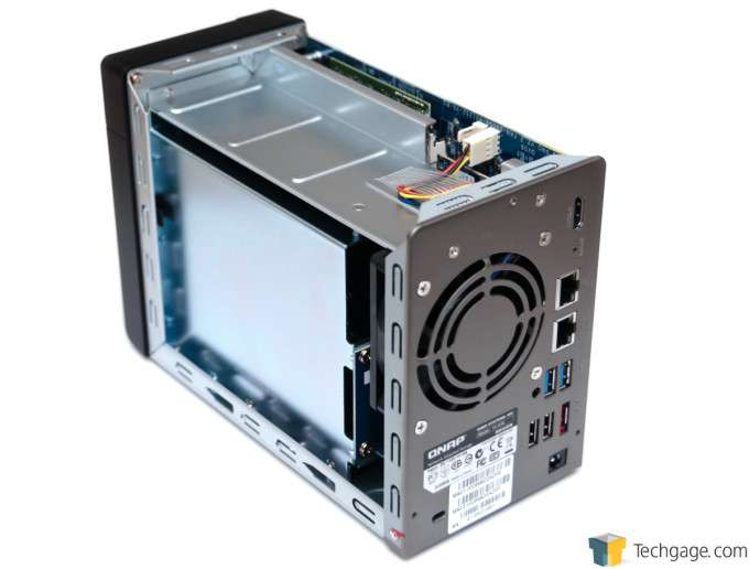 QNAP TS-269L Dual-bay NAS - Chassis Removed