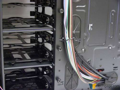 Rosewill Blackhawk Mid-Tower Chassis