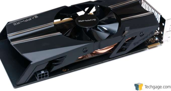 Sapphire Radeon R7 260X - Power and CrossFire Connectors