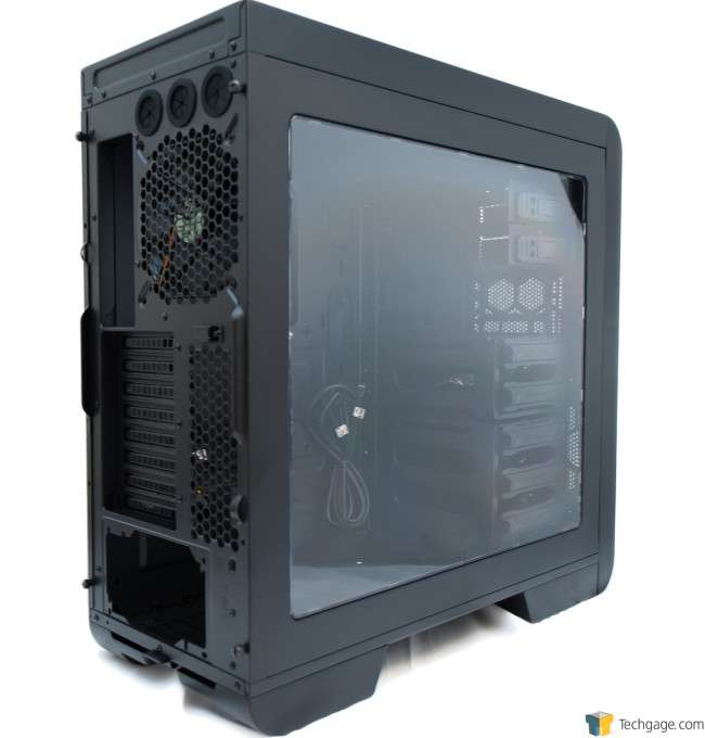 Thermaltake Core V51 - Rear 3/4 View