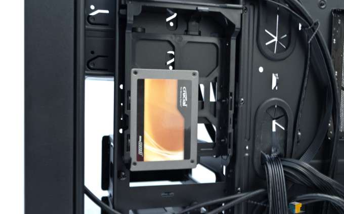 Thermaltake Core V51 - Drive Vertical Mount