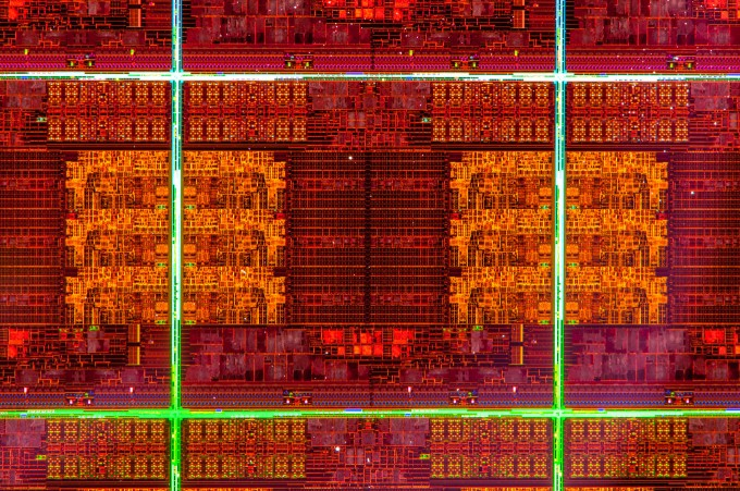Intel Ivy Bridge-E Wafer Close-up