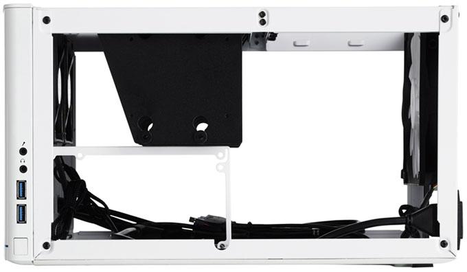Fractal Design NODE 304 mini-ITX Chassis - Side Opened