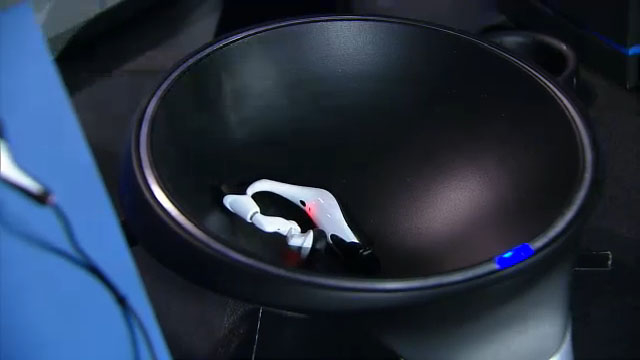 Smart Charging Bowl - Intel CES 2014