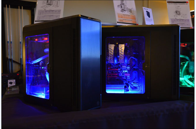 Thermaltake Urban T81 cases with air cooling and liquid cooling system, also Luna fan