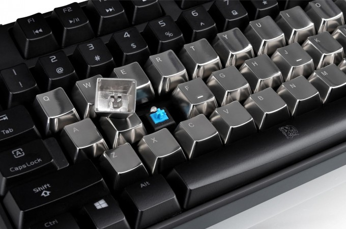 Are Your Regular CHERRY MX Keycaps Boring? Thermaltake's 'METALCAPS