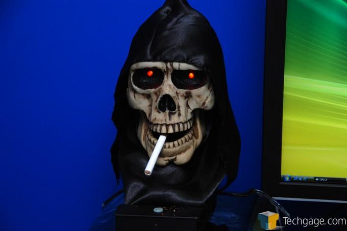 Intel Smoking Skull - Skulltrail Launch