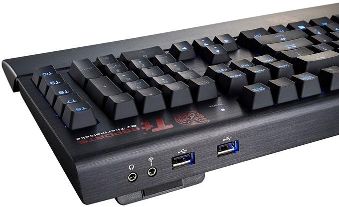 Tt eSPORTS POSEIDON Z Forged Gaming Keyboard - Back Corner