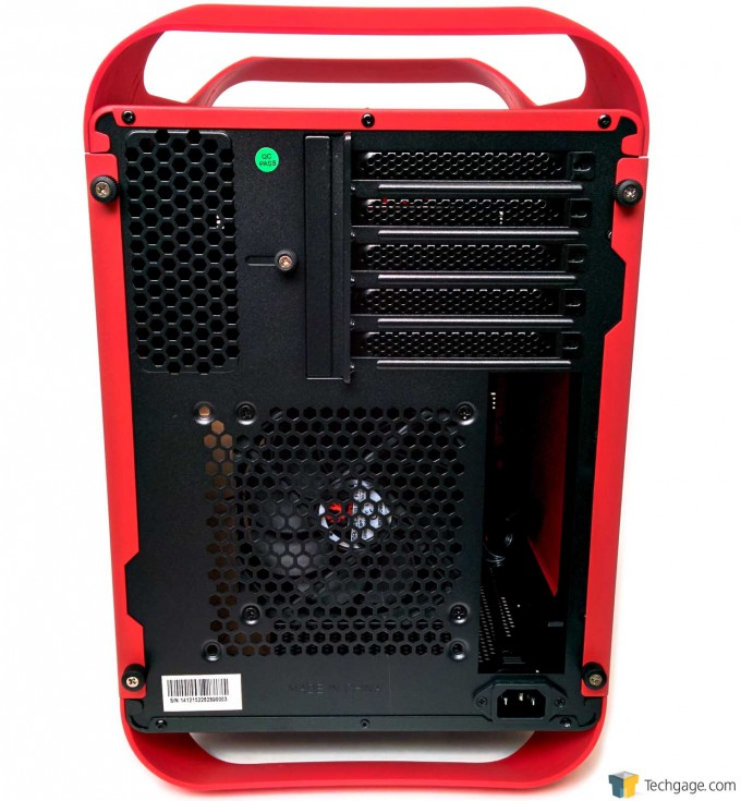 02 BitFenix Prodigy M - Rear View