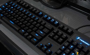 Tesoro Excalibur Mechanical Keyboard - Gaming Style Partial Backlight_01