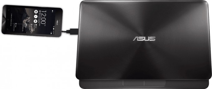 ASUS ZenBook UX305 With ZenFone 2