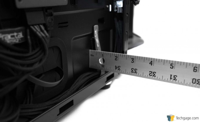 Fractal Design Define S Chassis - Side Panel Clearance