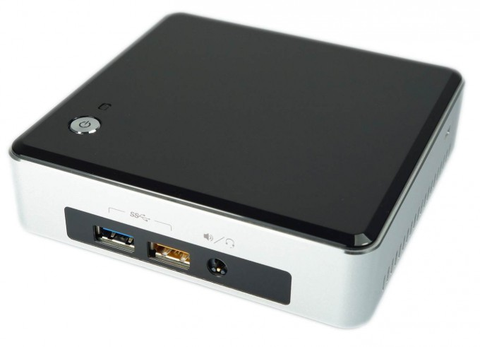 Intel NUC5i5RYK Press Shot - Front