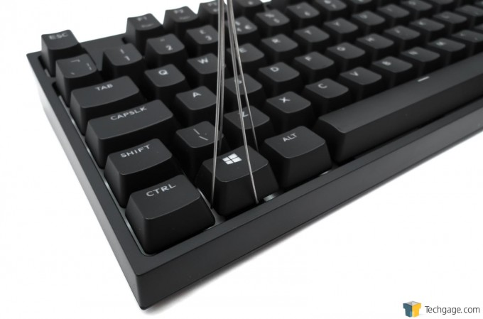 Cooler Master Quick Fire XTi Mechanical Gaming Keyboard - Key Cap Puller