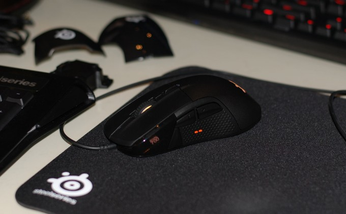 SteelSeries Rival 700 Gaming Mouse - Left Side