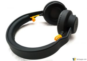 Techgage Review Of The FNATIC Duel Gaming Headset On The Ear Earcups Installed Shot 1
