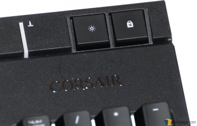 Corsair Strafe RGB Silent Keyboard (6) Backlight & Win-Key Lock