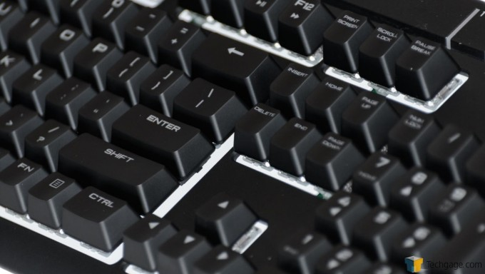 Corsair Strafe RGB Silent Keyboard (7) Key Close-Up