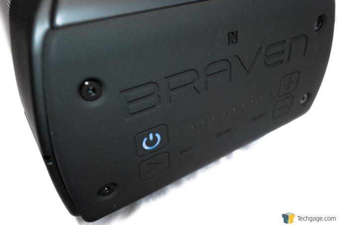 Braven BRV-XXL Controls Shot