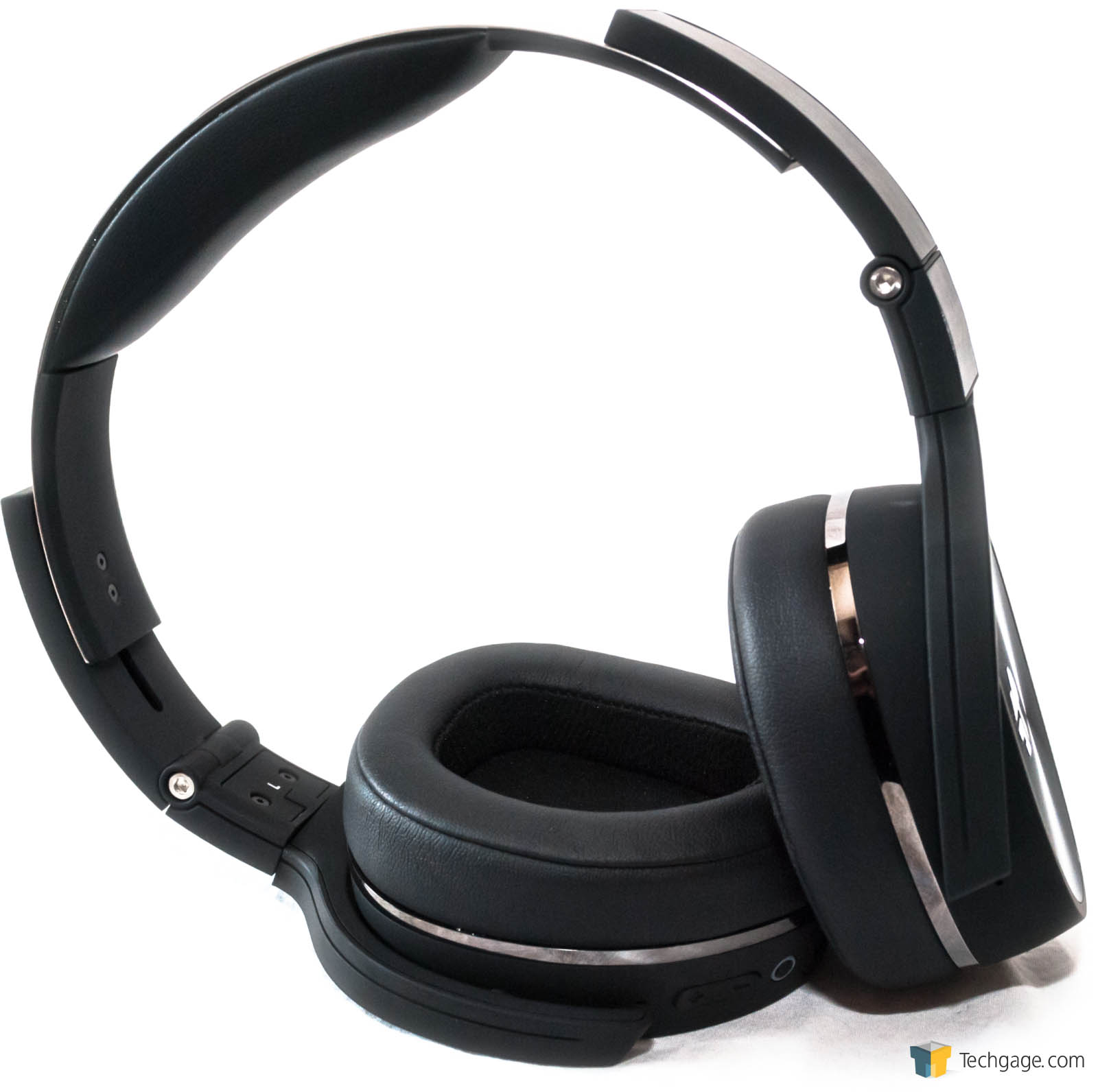 just how noisy are your surroundings a review of the jlab audio flex bluetoo. Black Bedroom Furniture Sets. Home Design Ideas