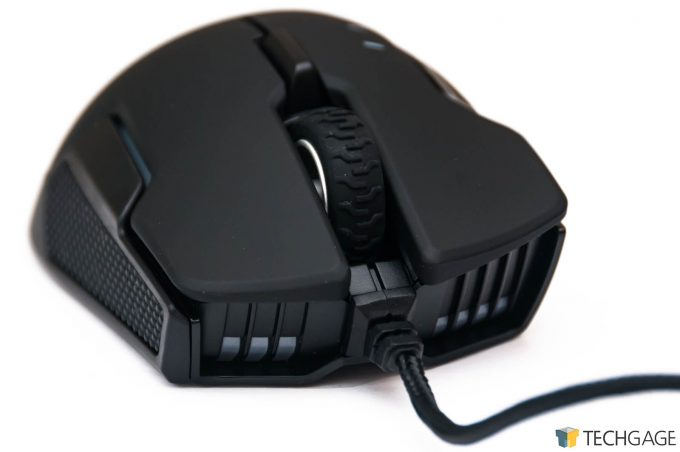 Corsair GLAIVE RGB Gaming Mouse - Front View