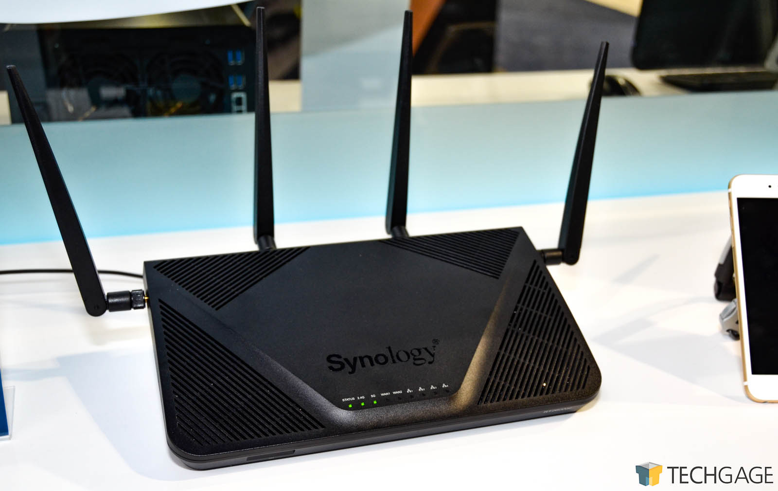 A Look At Synology's RT2600ac Wireless Router – Techgage
