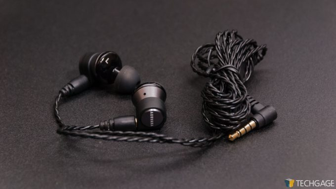 Creative Aurvana Trio Earbuds - Unwrapped Earbuds
