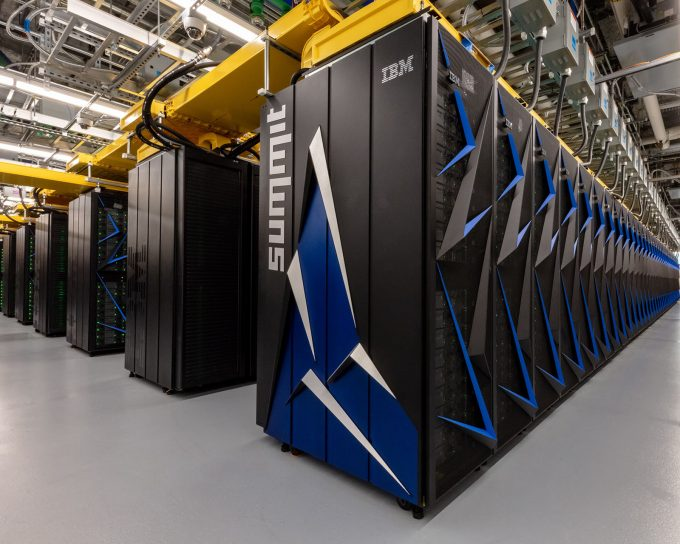 Oak Ridge National Laboratory's Summit Volta-powerd Supercomputer