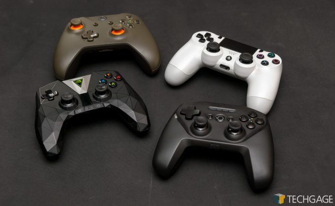 SteelSeries Stratus Duo - Collection of Gamepads
