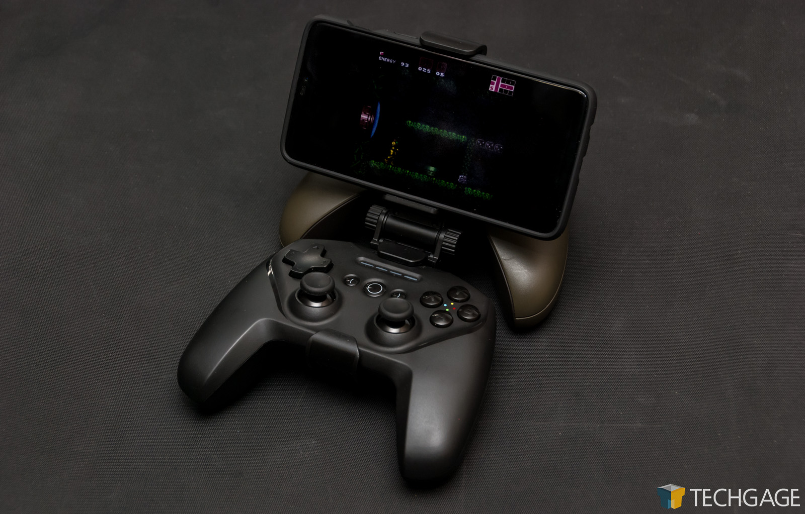 SteelSeries Stratus Duo 2 4GHz & Bluetooth Wireless Gamepad