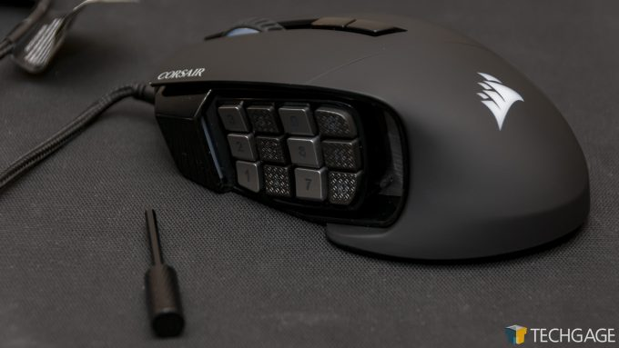 Corsair SCIMITAR RGB Elite Gaming Mouse - Adjusting Buttons Position