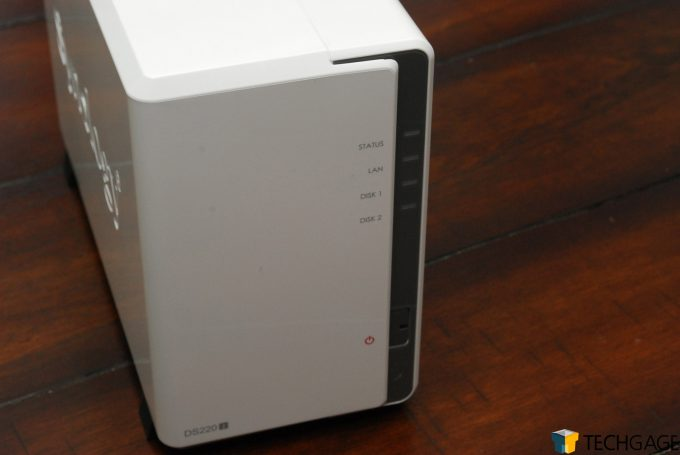 Synology DS220j Front Shot
