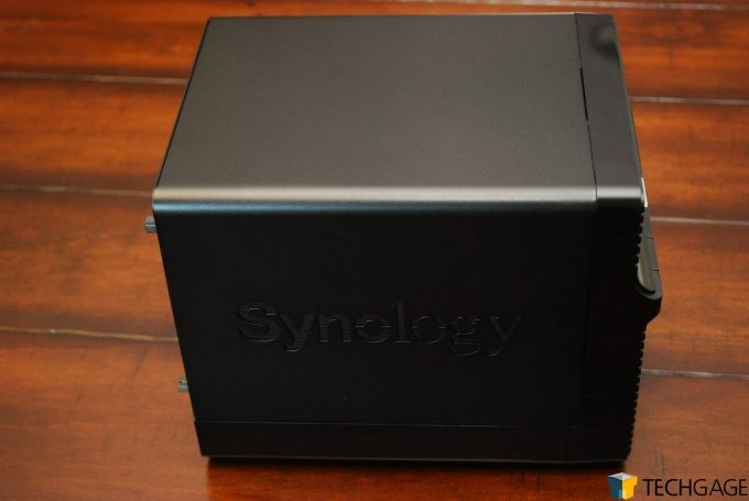 Synology DS420j Review Main Body Side Shot